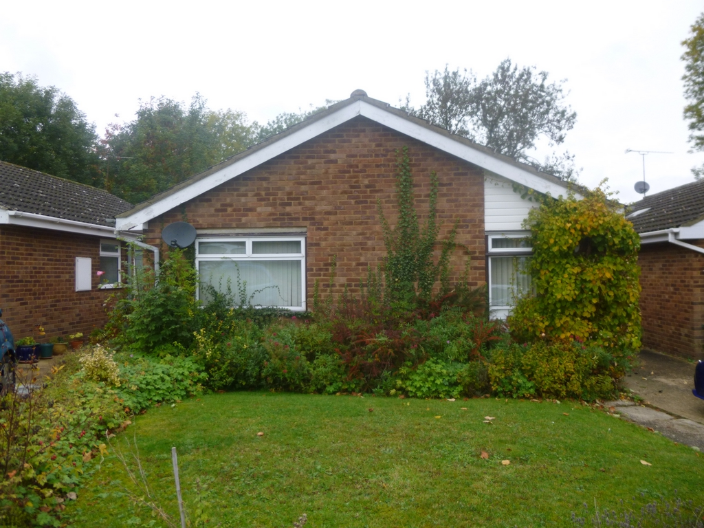 Grasmere Way  Linslade  LU7