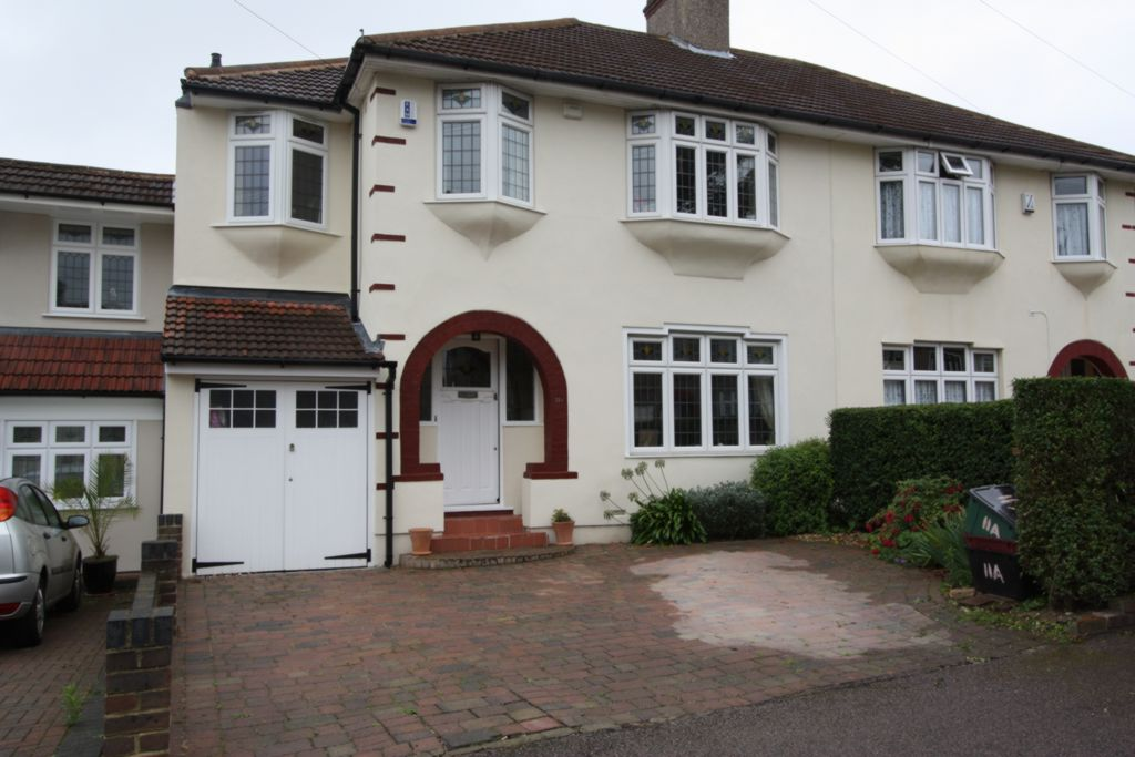 Hollingbourne Avenue  Bexleyheath  DA7