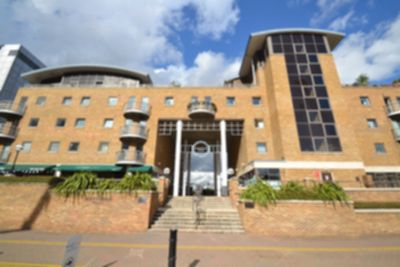 Meridian Place  Amazing Two Bedroom Two Bathroom Flat in Canary Wharf  E14