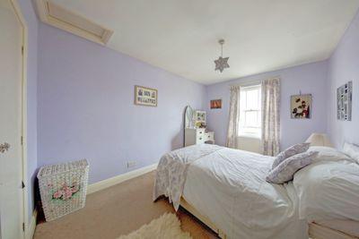 St Anns Crescent  Wandsworth  SW18