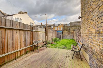 Lydden Grove  Wandsworth  SW18