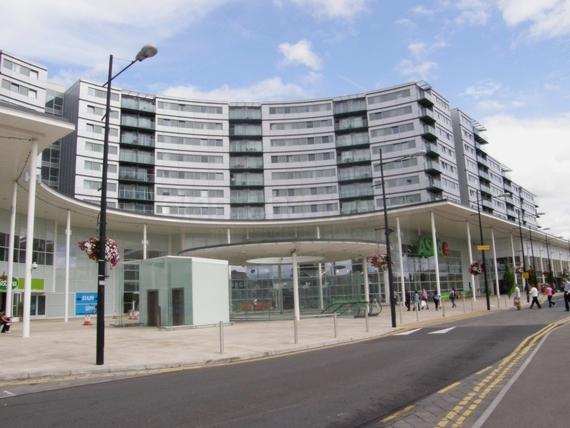 Prince Regent Road  Hounslow  TW3