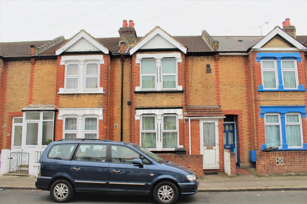 Victoria Avenue  Hounslow  TW3