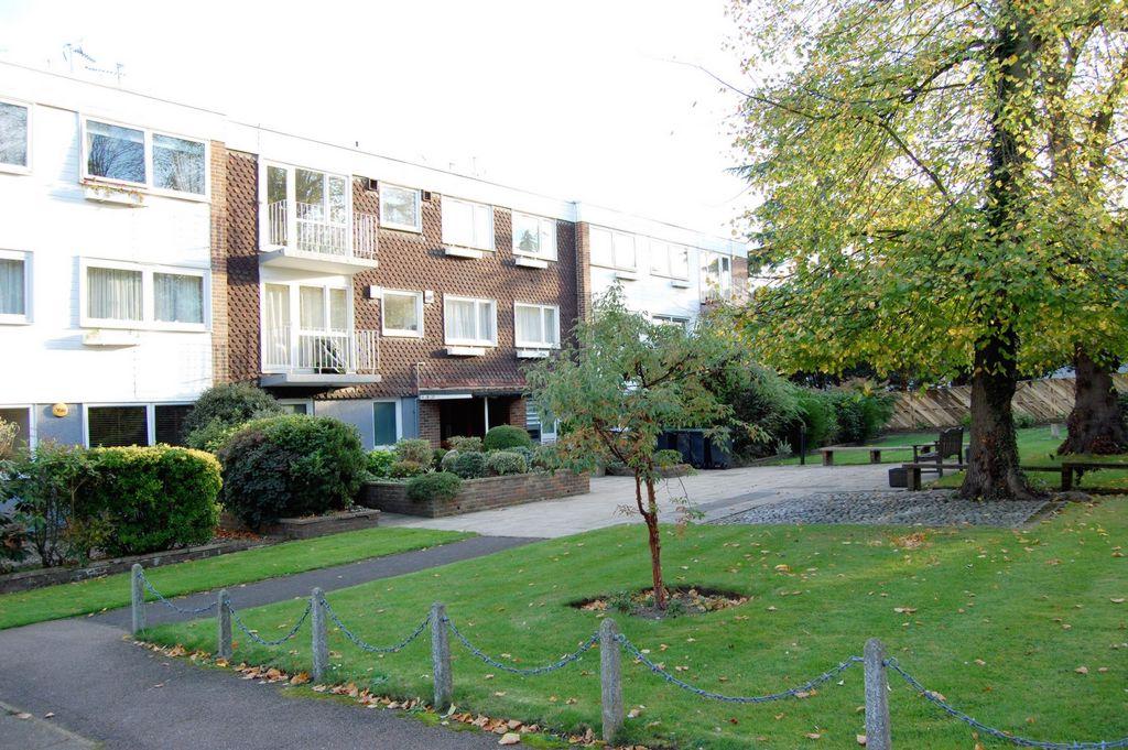 Greenhill  Buckhurst Hill  IG9