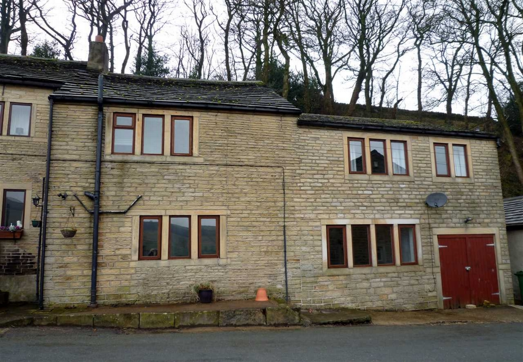 Dam House Cartworth Road  Holmfirth  HD9