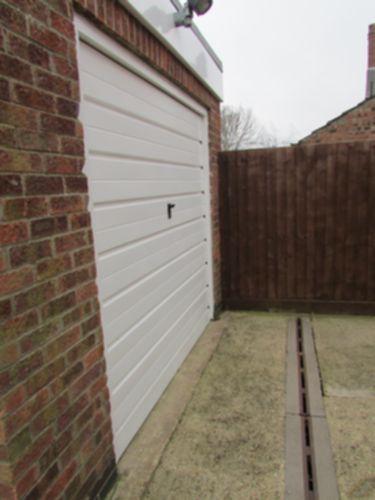 Side Garage Photo