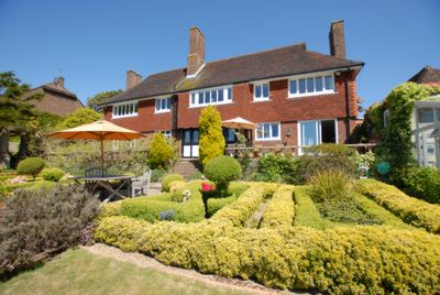 Property For Sale Lawrence Co Estate Agents In Hythe