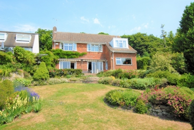 Cliff Road  Hythe  CT21