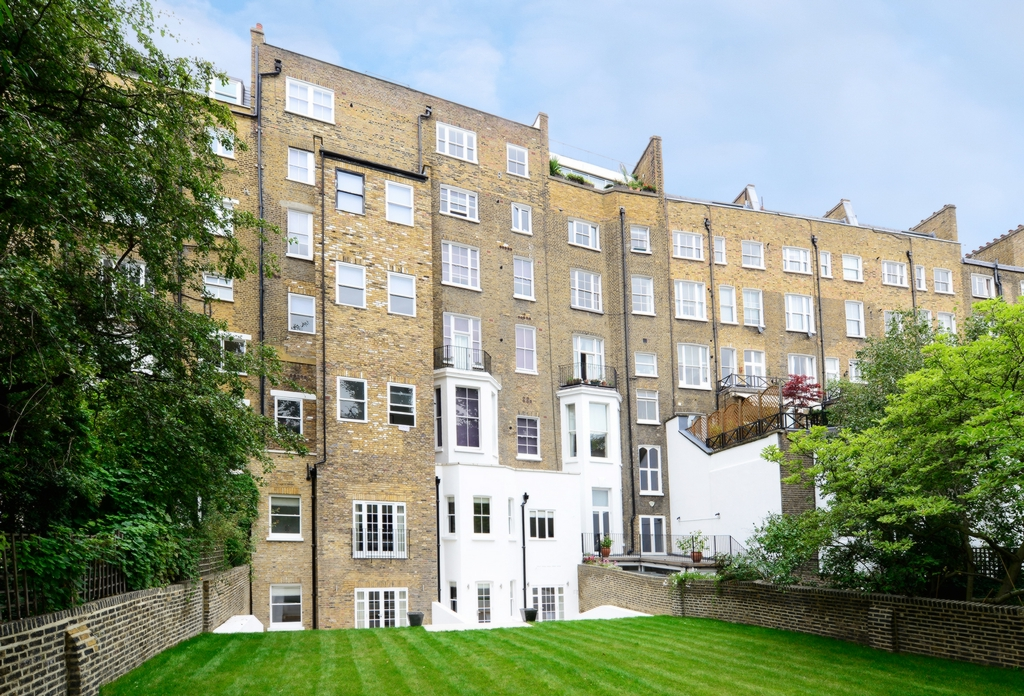 Lexham Gardens  South Kensington  W8