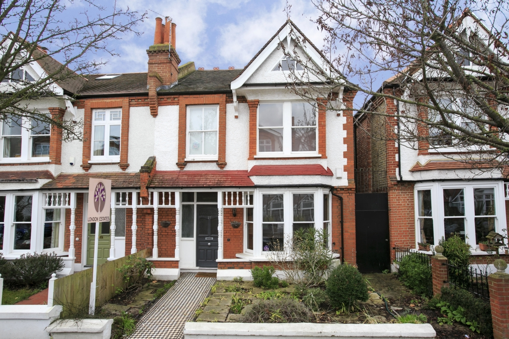 Rusthall Avenue  Chiswick  W4