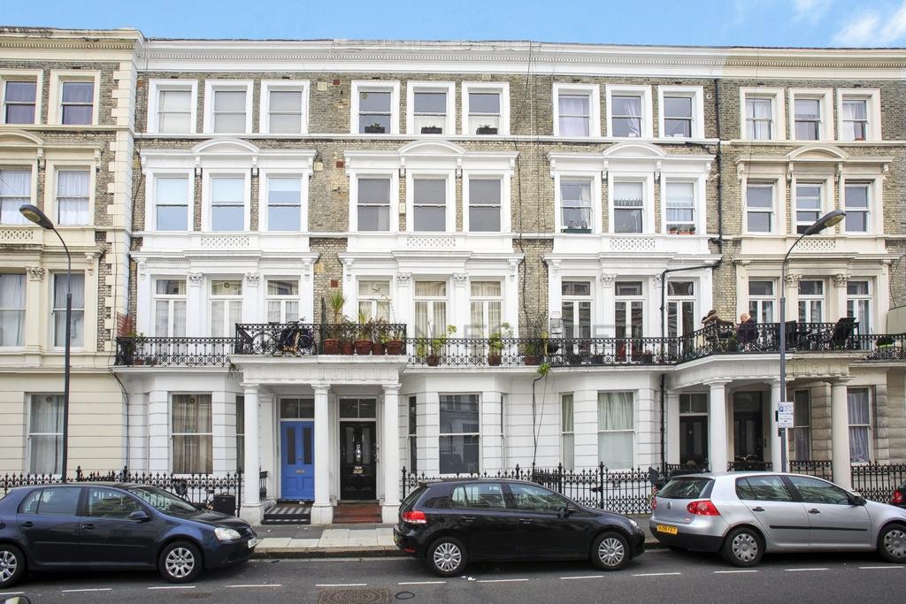 Castletown Road  West Kensington  W14