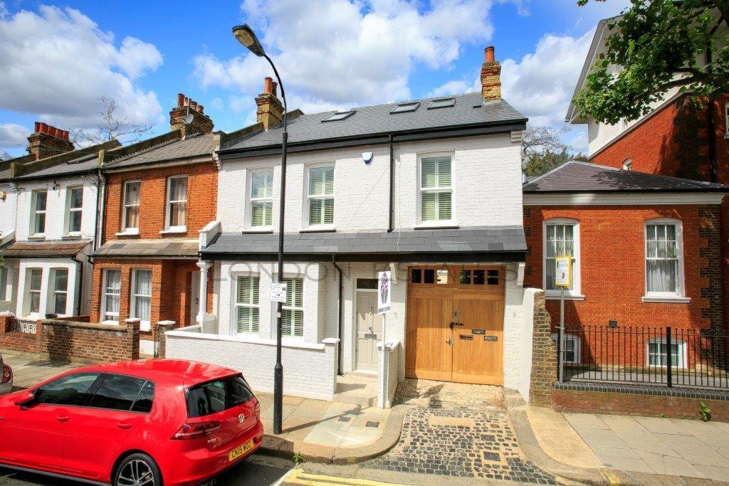 Lochaline Street  Hammersmith  W6