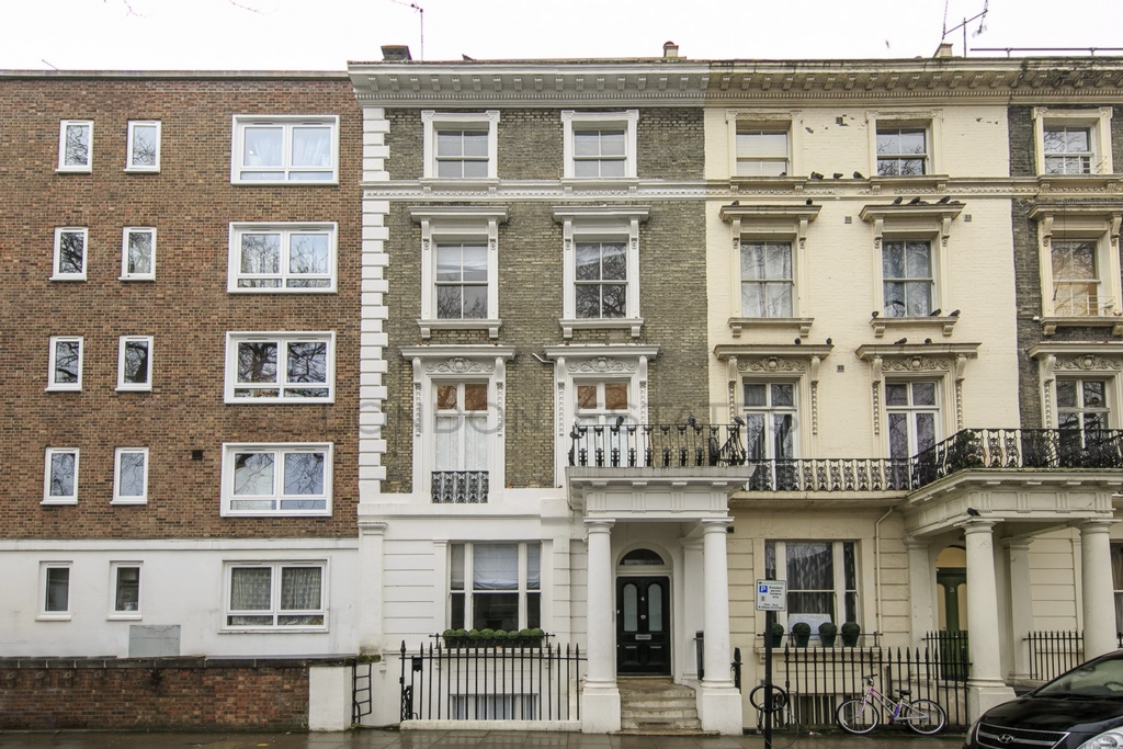 Queensborough Terrace  Paddington  W2