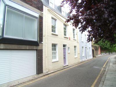 Carson Terrace  London  W11
