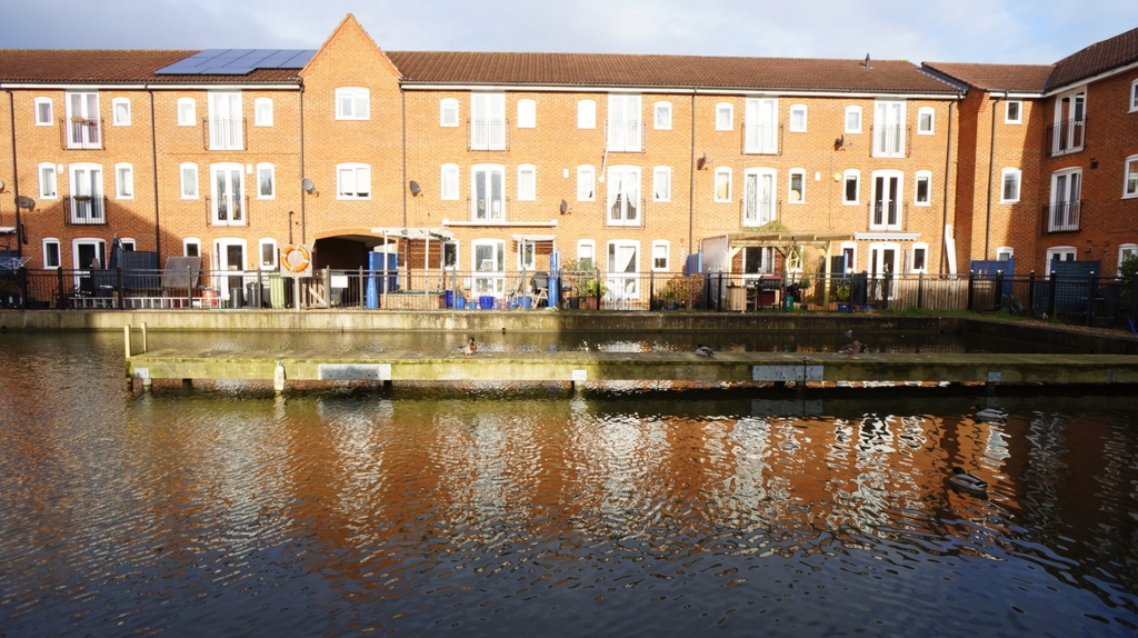 Saracens Wharf  Fenny Stratford  MK2