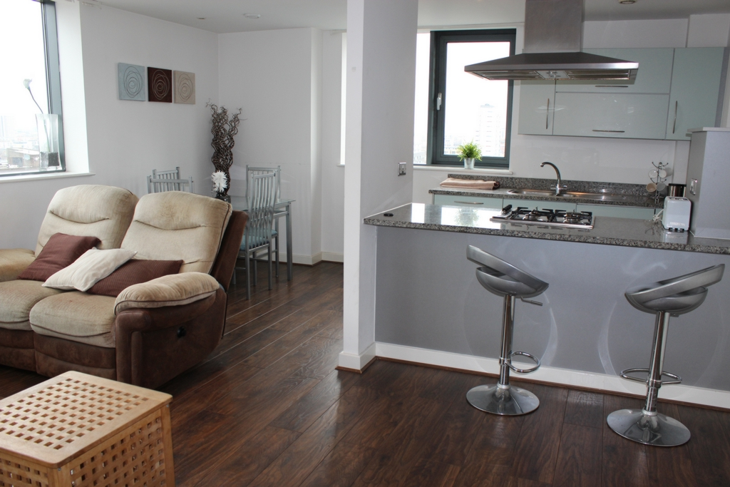 Living?Dining/Kitchen