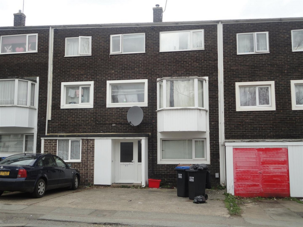 Northdown Road, Hatfield, AL10