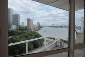 Berkeley Tower, Canary Riverside  Westferry Circuits  E14