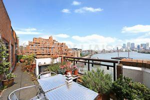 Free Trade Wharf  London  E1W