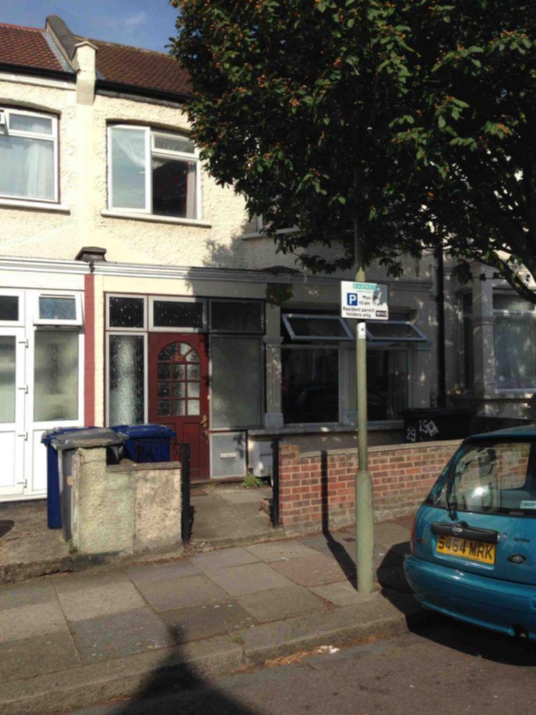 Bertram Road  Hendon  NW4