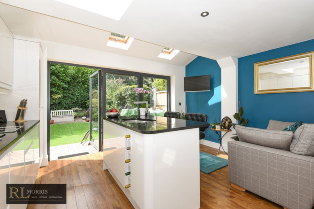 Homes For Sale In Wanstead E