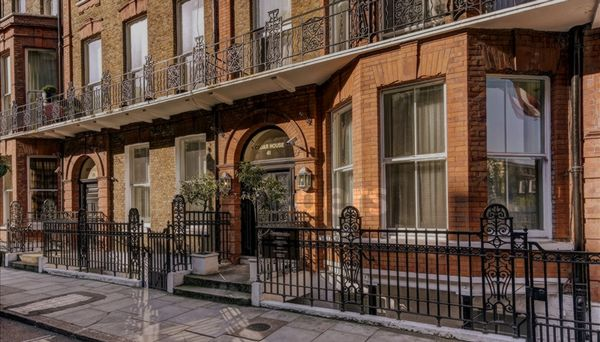 Cedar House, Nottingham Place  Marylebone  W1U