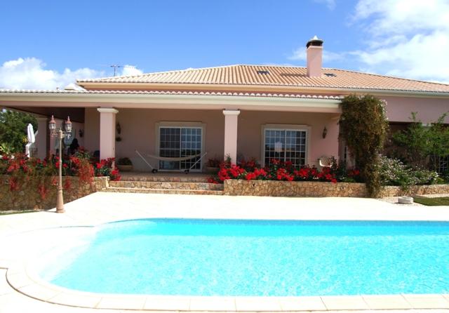 V0053 - 3 Bedroom Villa With Pool Near the Beach  Altura  Vila Real De Santo Antonio  Portugal