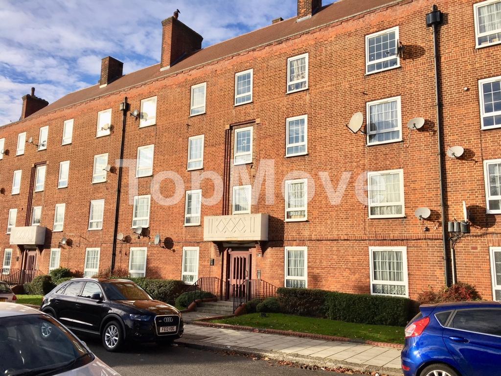 Mountearl Gardens  Streatham Hill  SW16