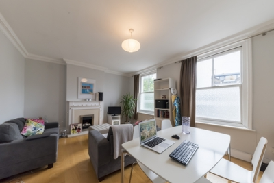 2 Bedroom Apartment to rent in West End Lane, West Hampstead, London, NW6