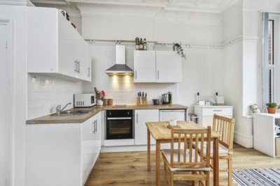 Studio Flat to rent in Fawley Road, West Hampstead, London, NW6