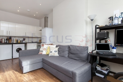 1 Bedroom Flat to rent in Goldhurst Terrace, South Hampstead, London, NW6