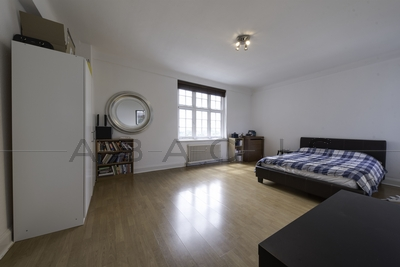 1 Bedroom Flat to rent in Grove End Road, St John's Wood, London, NW8