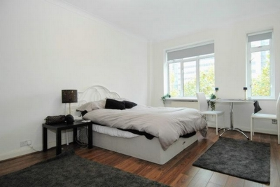 Studio to rent in Euston Road, London, NW1