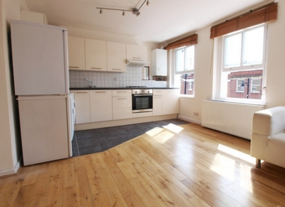1 Bedroom Flat to rent in Chapel Market, Islington, London, N1