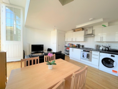 3 Bedroom Flat to rent in Kings Terrace, Camden Town, London, NW1