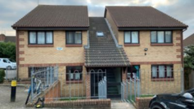2 Bedroom 2 Bed Flat to rent in Broadfields Way, Neasden, London, NW10