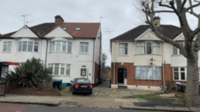 4 Bedroom 4 Bed Flat to rent in Wrottesley Road, Willesden Junction, London, NW10