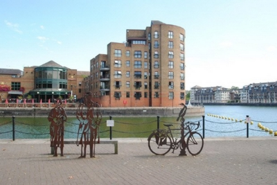2 Bedroom Flat to rent in Tavistock Tower, Russell Place, Surrey Quays, SE16
