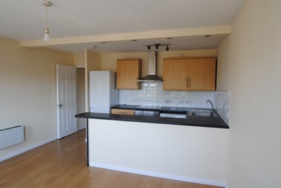 1 Bedroom Flat to rent in Linden Court, 6 Linden Grove, Peckham, SE15