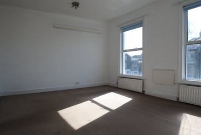 Studio to rent in Belfort Road, Nunhead, London, SE15