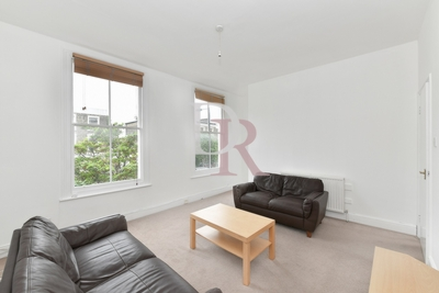 2 Bedroom Flat to rent in Southgate Road, Islington, London, N1