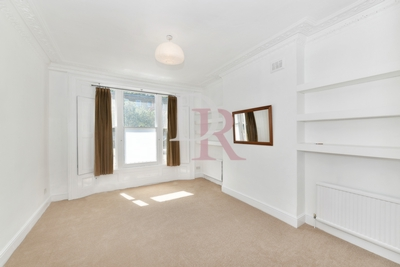 1 Bedroom Conversion to rent in St Paul's Road, Islington, London, N1