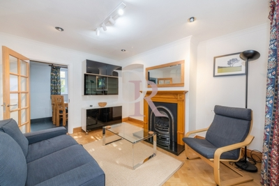 2 Bedroom Cottage to rent in Falloden Way, Hampstead Gardens Suburb, London, NW11