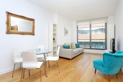 1 Bedroom Apartment to rent in New Globe Walk, London, SE1