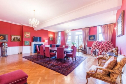 3 Bedroom Apartment to rent in Cambridge Gate, Regents Park, London, NW1