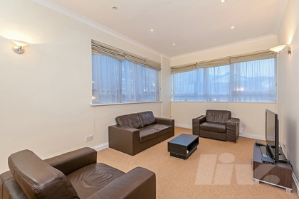 1 Bedroom Apartment to rent in St Johns Wood Road, St John's Wood, London, NW8