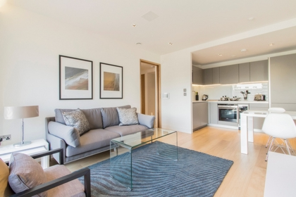1 Bedroom Apartment to rent in Wood Street, Barbican, London, EC2Y