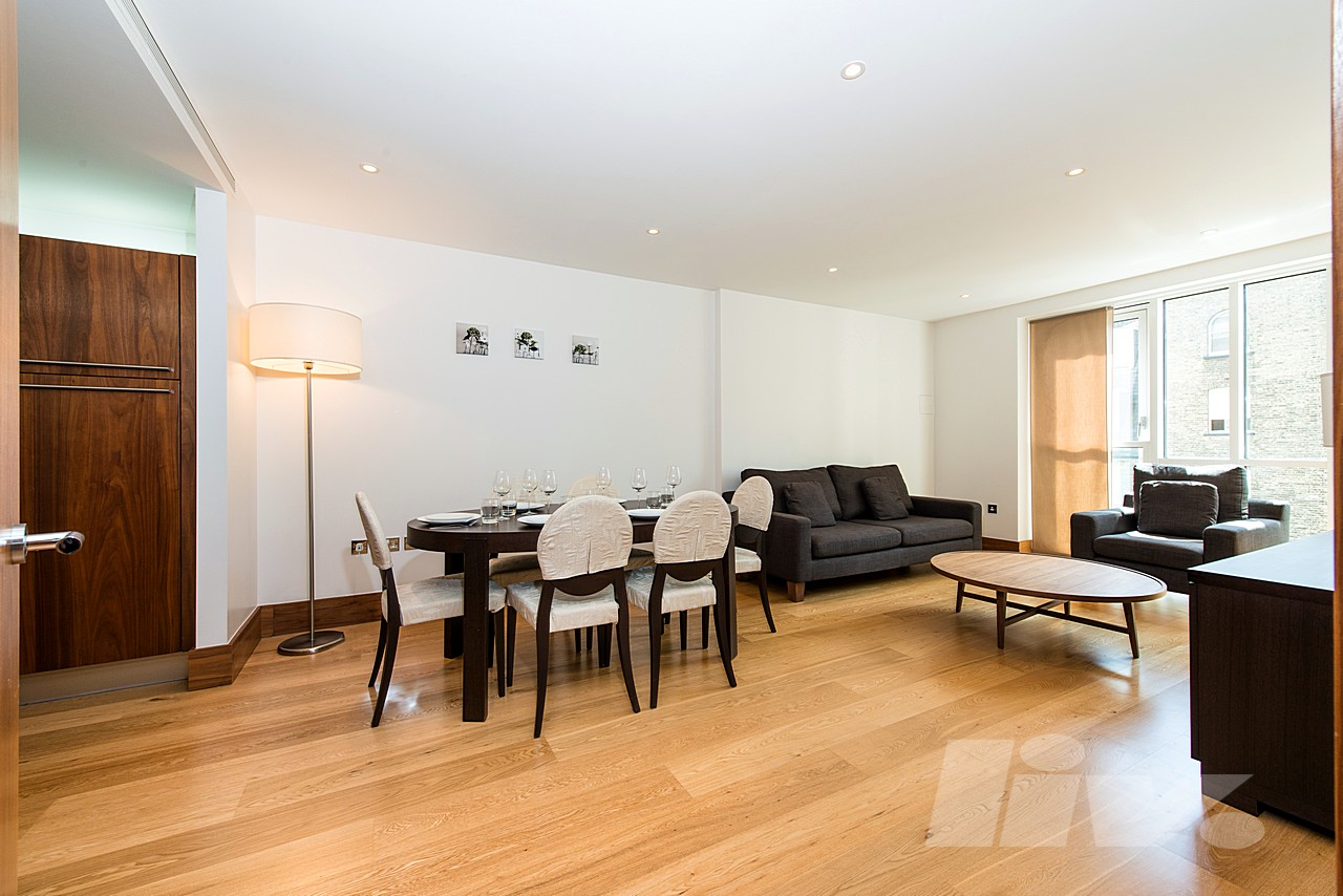 2 Bedroom Apartment to rent in Baker Street, London, NW1