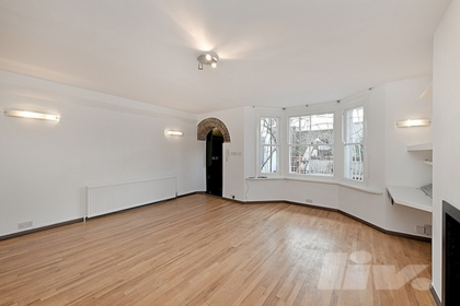 2 Bedroom Flat to rent in Gladys  Road, West Hampstead, London, NW6