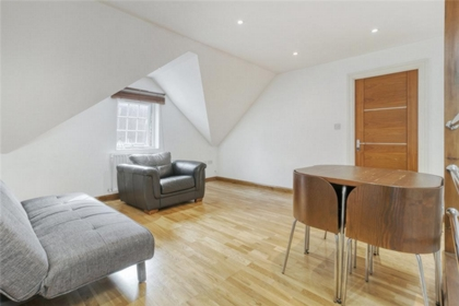 2 Bedroom Apartment to rent in Canfield Place, South Hampstead, London, NW6